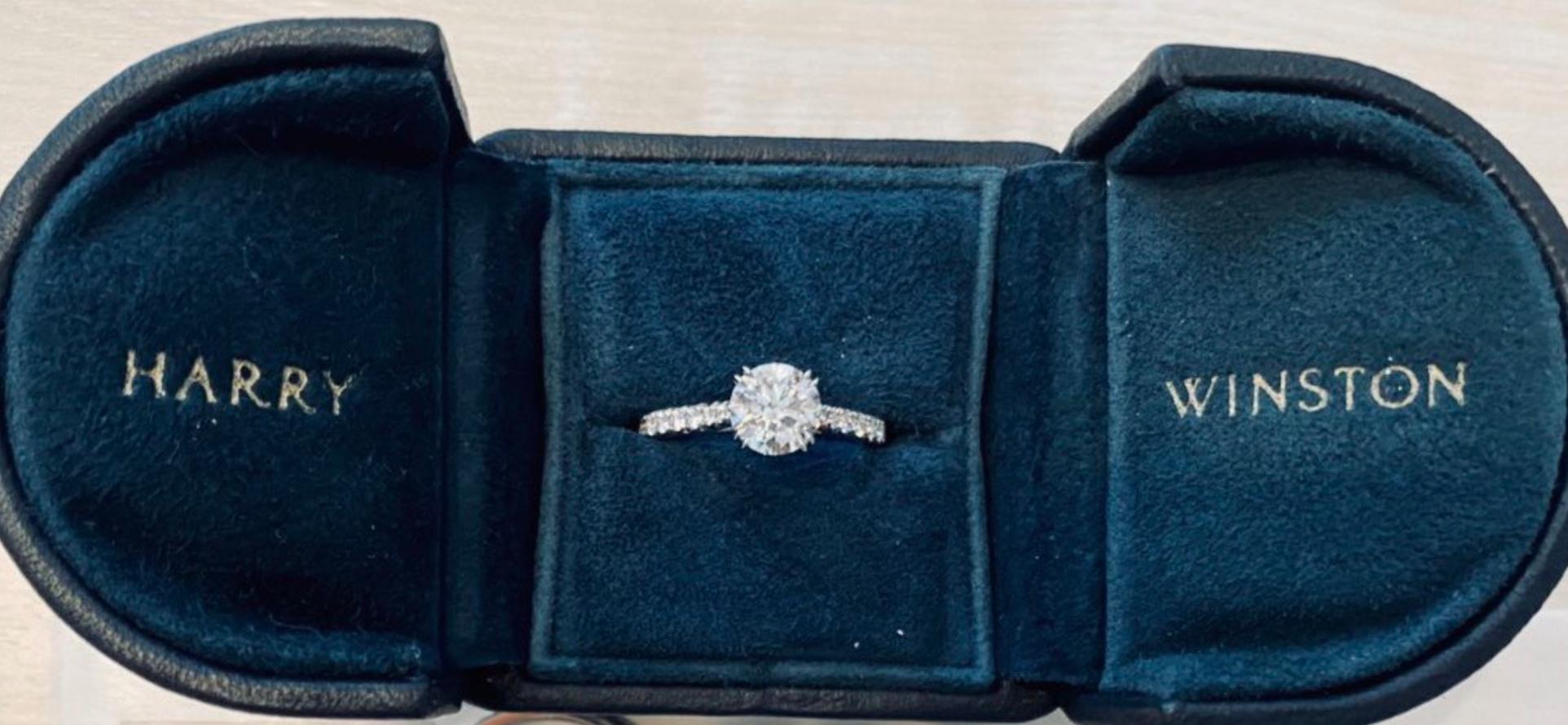 ウィンストン 婚約 指輪 ハリー